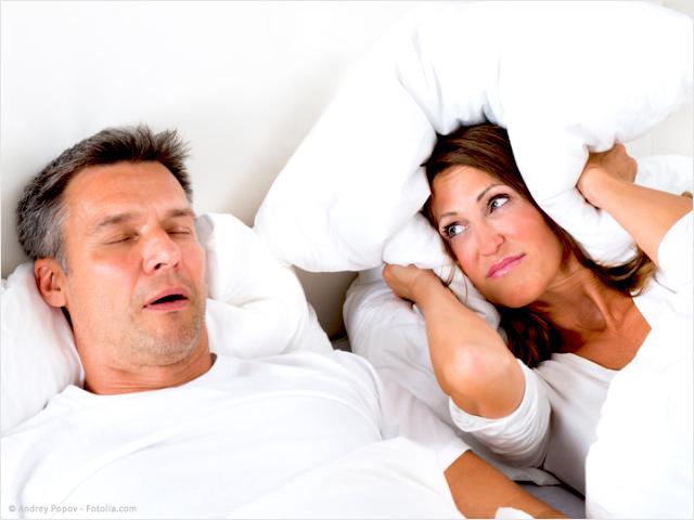 Trennung Wegen Schnarchen Partner Schnarcht Scheidungde
